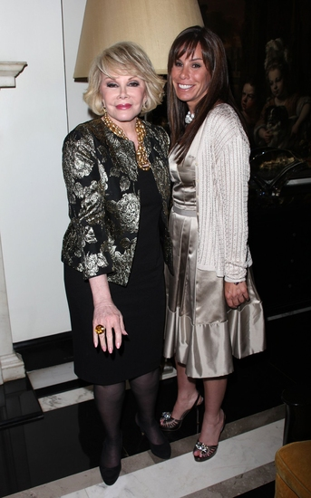 Photo Coverage: Debbie Reynolds Debuts 'An Evening Of Music And Comedy' At Cafe Carlyle