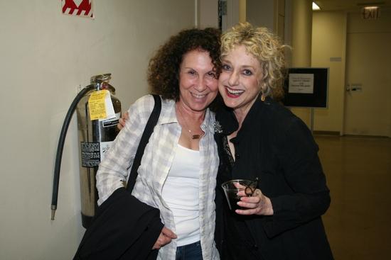 Rhea Pearlman and Carol Kane