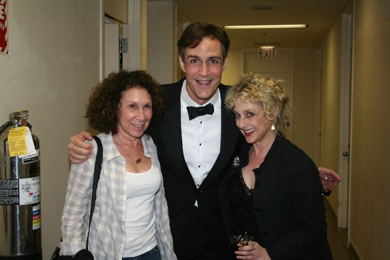 Rhea Pearlman, Howard McGillin and Carol Kane