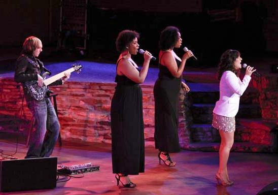 Jonny Morrow, Lindsey Rose, Jacqueline Arnold and Shoshana Bean at the Ford Amphitheatre (courtesy of Upright Cabaret)