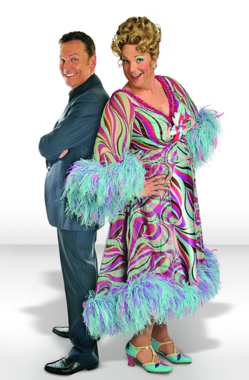 Brian Conley as himself and as 'Edna Turnblad'