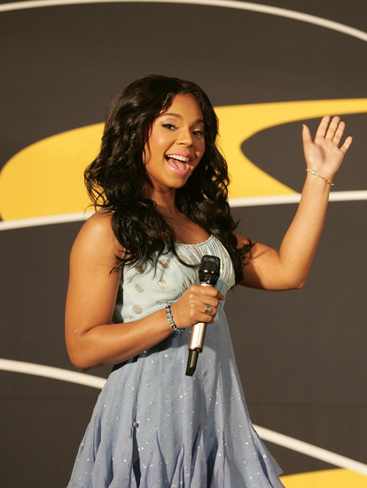 Photo Flash: THE WIZ Star Ashanti Sings At Century 21 'Path To Your Dreams Sweepstakes' Ceremony