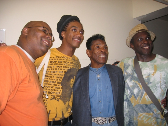 Photo Flash: Andre De Shields Visits THE WIZ