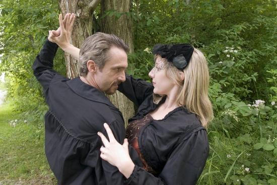 George Mount as Richard and Chiara B. Motley as Lady Anne.