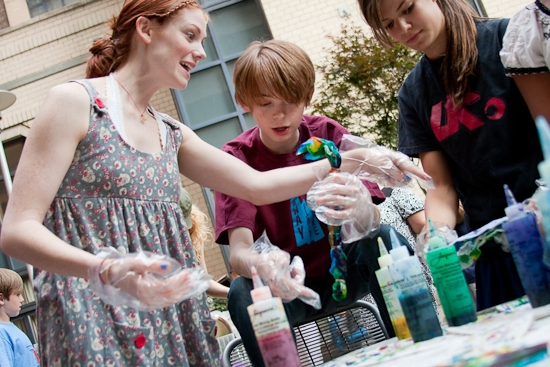 Photo Coverage: HAIR Cast Joins 'Broadway Kids Care' To Tie-Dye For Charity