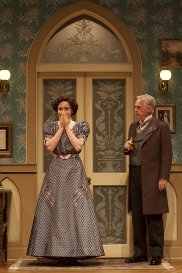 Photo Flash: WHEN WE ARE MARRIED Reunites Three Generations Of Guthrie Actors 7/10 Thru 8/30