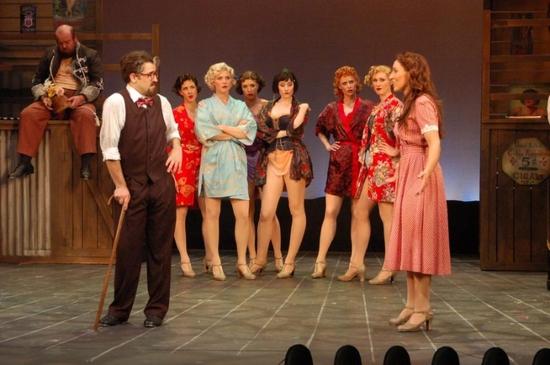 Eric Santagata, Pilar Millhollen and the Showgirls: Laurie DiFilippo,Amanda Kloots-La Photo