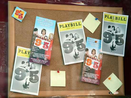 '9 to 5' at Barnes & Noble