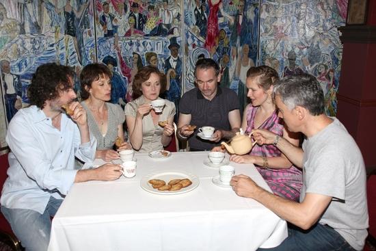 Stephen Mangan, Amelia Bullmore, Amanda Root, Paul Ritter, Jessica Hynes and Ben Miles