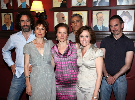 Stephen Mangan, Amelia Bullmore, Jessica Hynes, Ben Miles, Amanda Root and Paul Ritter, The cast of THE NORMAN CONQUESTS