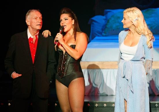 Photos: Hugh Hefner Visits PEEP SHOW In Las Vegas