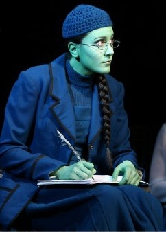 Photo Flash: Dee Roscioli Soars To Broadway In WICKED