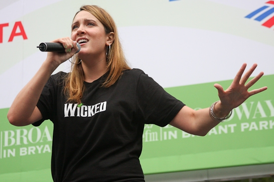 Photo Coverage: WICKED, 'ROCK', 'POPPINS' And VANITIES Perform At 'BROADWAY IN BRYANT PARK'