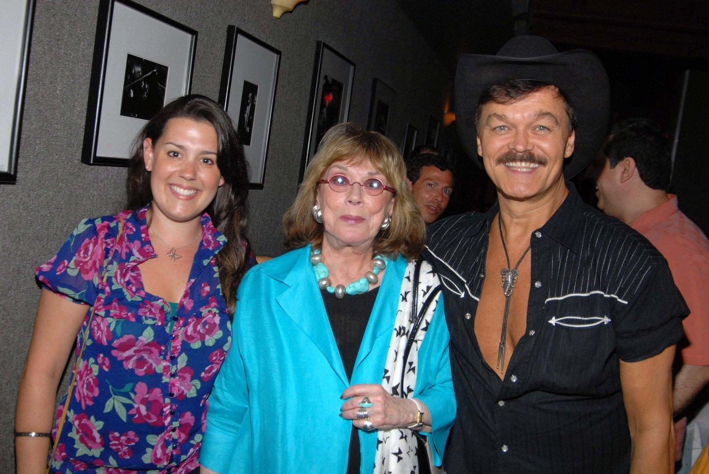 Katharine Luckinbill Pics Katharine Luckinbill Pictures And Photos Simon is an artist, katharine is an. katharine luckinbill pics katharine luckinbill pictures and photos