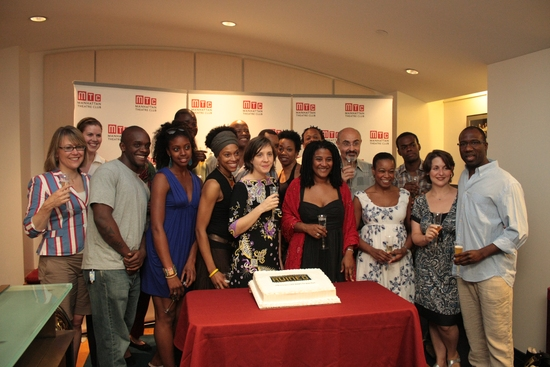 Mandy Ringfield, Kate Whoriskey, Lynn Nottage, Amyre Loomis and the Cast of 'Ruined'