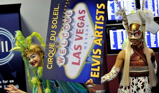 Photo Flash: Cirque du Soleil Welcomes 'ELVIS' Show Cast To Las Vegas' McCarran Airport