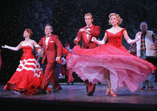 IRVING BERLIN'S WHITE CHRISTMAS Returns To Broadway, Previews Begin At The  Marquis Theatre 11/13