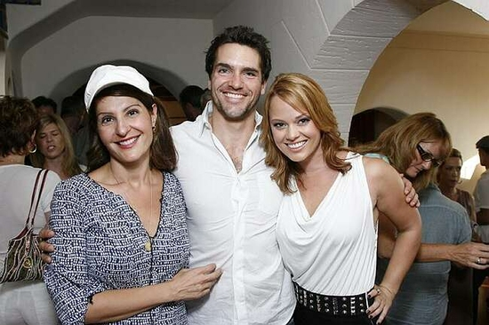 Mia Vardalos, Jackson Hurst and Kate Levering