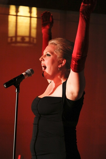 Photo Coverage: LEGALLY BLONDE's Natalie Joy Johnson Makes West Coast Solo Debut at Upright Cabaret