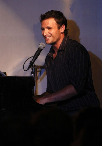 John Hill plays at Upright Cabaret Photo