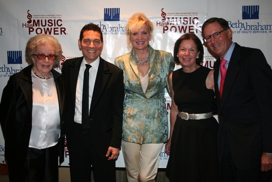 Peggy Rice, Michael Feinstein, Christine Ebersole, Sallie Stern and Ed Stern