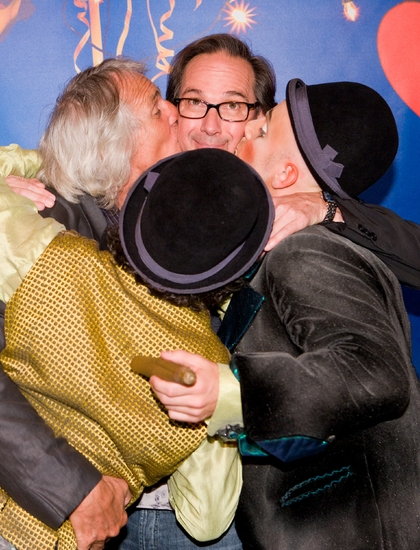 Daniel Passer, Gilles Ste-Croix, Wayne Wilson kiss up to David Shiner at BANANA SHPEEL Sneak Peek!
