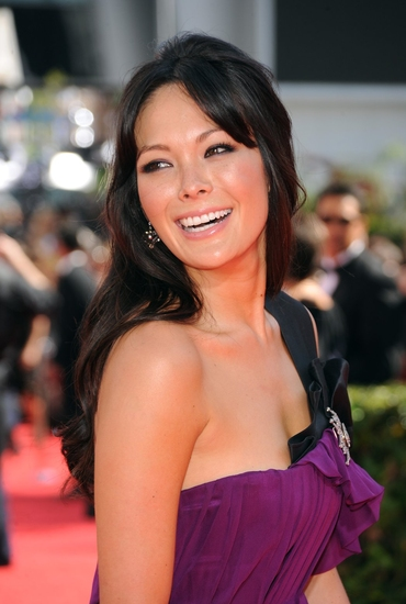 Lindsay Price at 2009 Emmy Awards - Arrivals - The Women