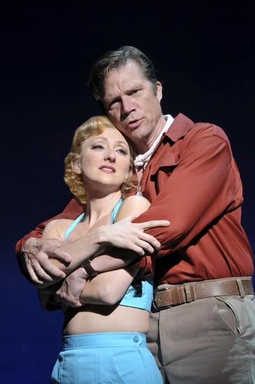 Carmen Cusack as Ensign Nellie Forbush and Rod Gilfry as Emile de Becque Photo
