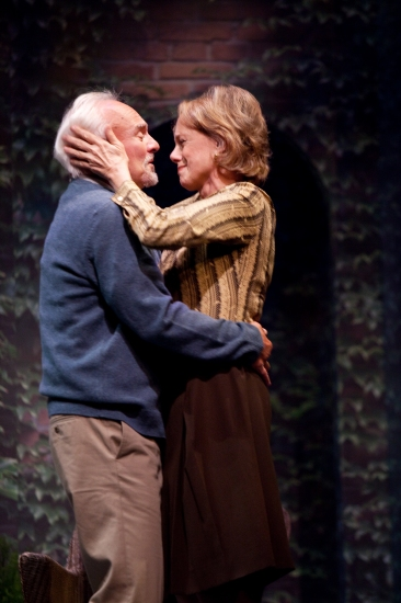 Kenneth Welsh and Fiona Reid