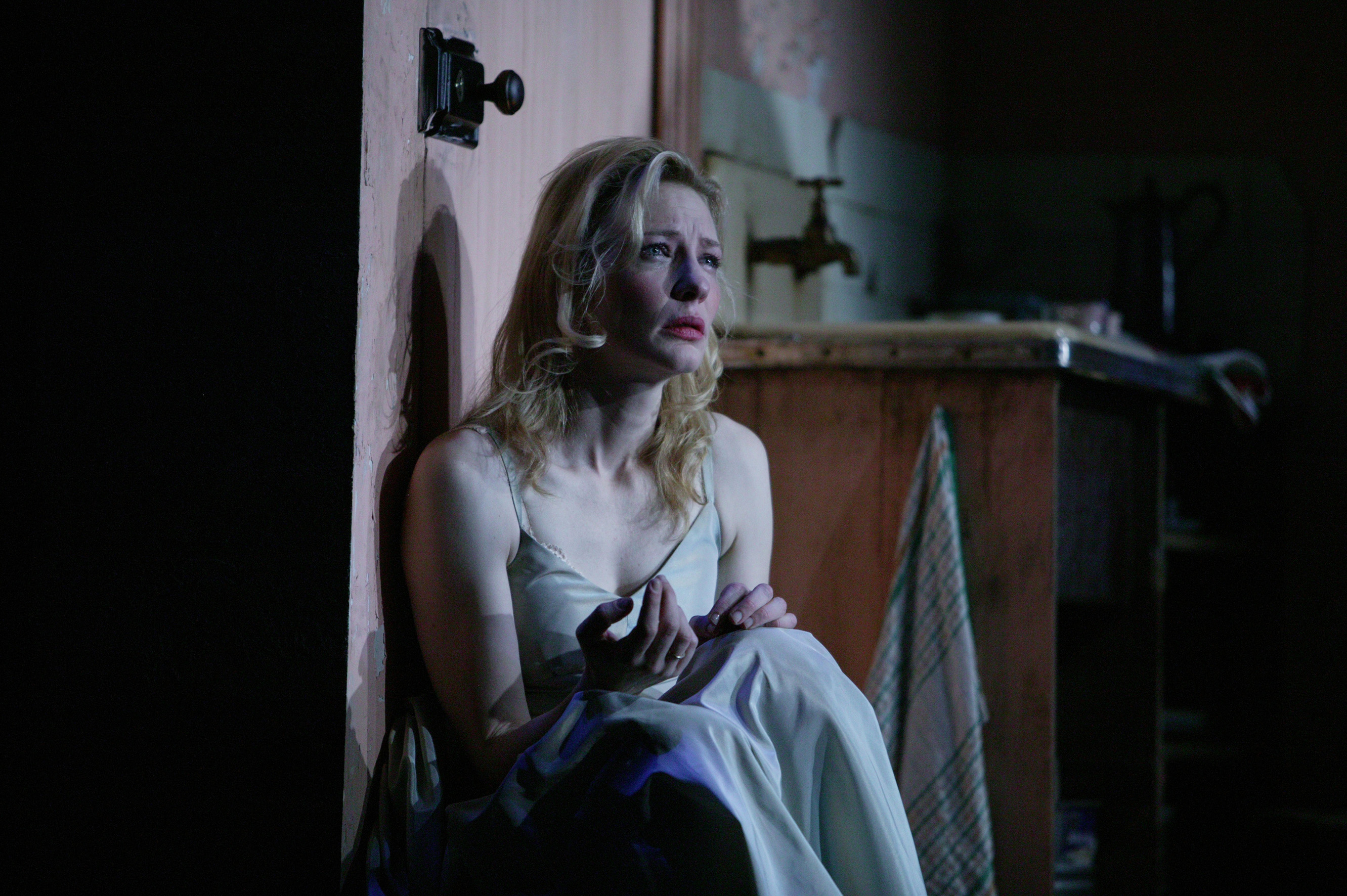 the fall of blanche dubois View character analysis, 'a streetcar named desire' from eng ap literat at mount vernon high school, mount vernon, ny homework #4 blanche dubois blanche dubois.