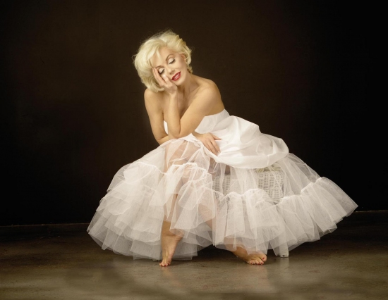 Sunny Thompson stars in Marilyn: Forever Blonde