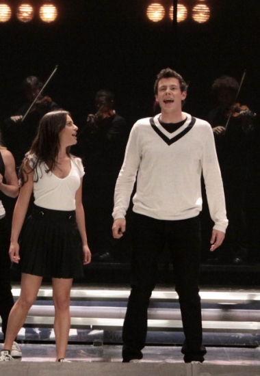 Photo Flash: GLEE - Upcoming Episode Sneak Peeks