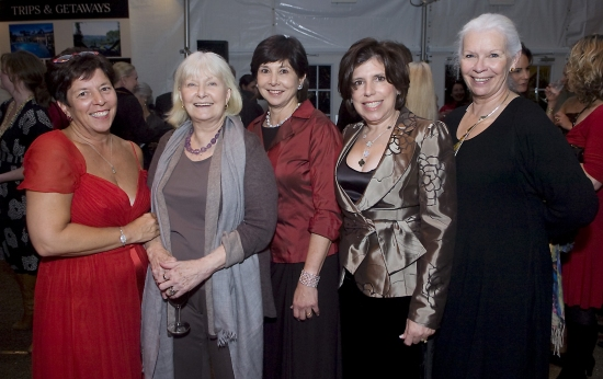 Ann Sheffer, JoAnne Woodward, Elisabeth Morten, Cindy Vaccaro, and Anne Keefe Photo