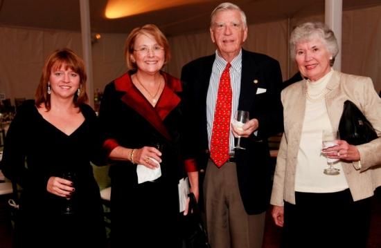 Gillian Anderson (Trumbull), Lucinda Knuth (Weston), Potter Crolius and Sue Crolius