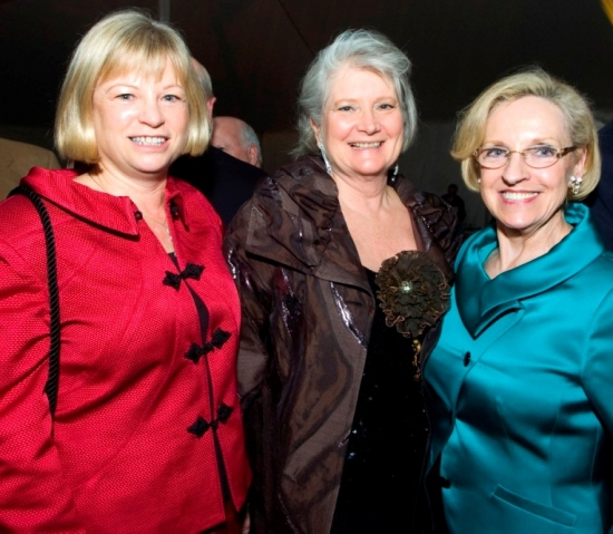 Lyla Steenbergen (Easton), Sue Mitchell (Westport), Darlene Krenz