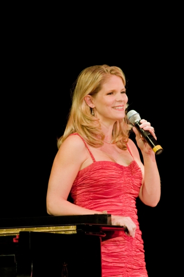 Photo Flash: Kelli O'Hara Shines at Landmark on Main Street's Annual Spotlight Gala