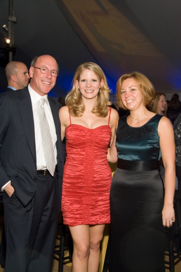 Kelli O'Hara with Pall Corporation's Eric Krasnoff and Sandra Marino