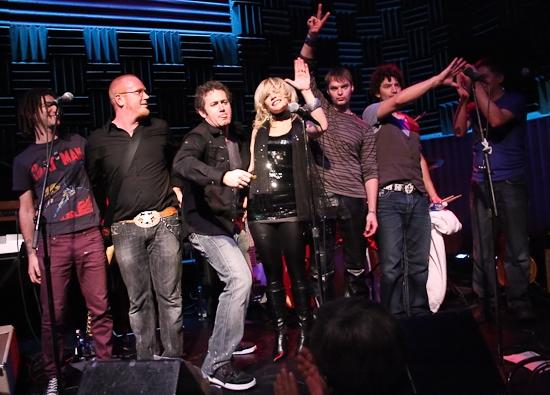Adam Wachter, Chris Blisset, Ian Bentley, Felicia Finley, Brandon Wardell and Mike La Photo