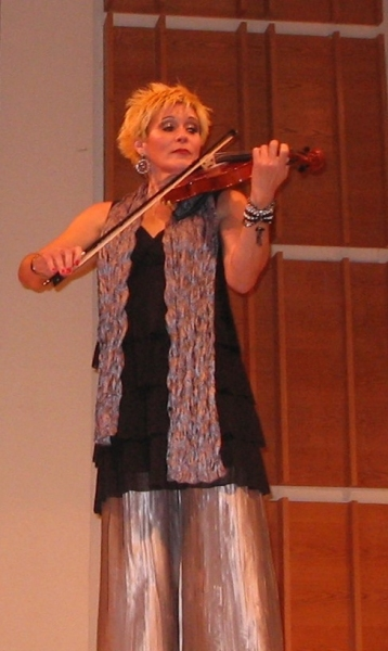 Sylvia McNair plays the violin