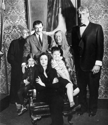 1964-1966 Television Show - Carolyn Jones, John Astin, Jackie Coogan, Ted Cassidy, Blossom Rock, Ken Weatherwax and Lisa Loring