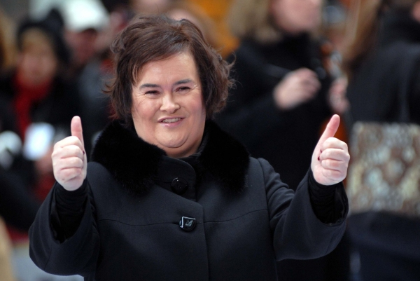 Photo Coverage: Susan Boyle Sings on NBC's Today Show