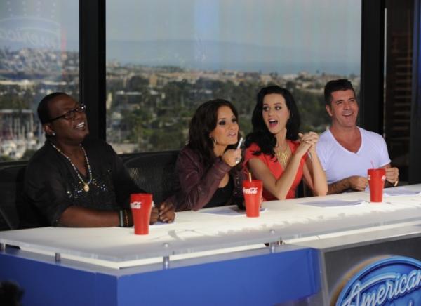 Randy Jackson, Kara DioGuardi, Katy Perry and Simon Cowell Photo