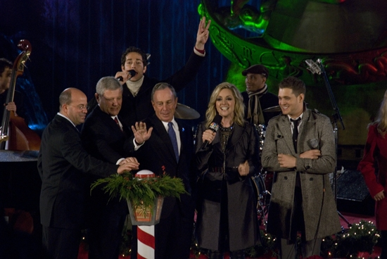 Photo Coverage: 2009 Rockefeller Christmas Tree Lighting!