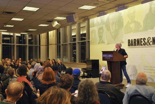 Photo Coverage: Twyla Tharp and John Tracey Egan at Barnes & Noble