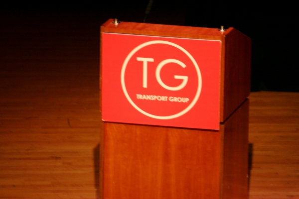 Photo Coverage: Transport Group Honors McNally & Mantello at 'Gimme A Break!' Benefit