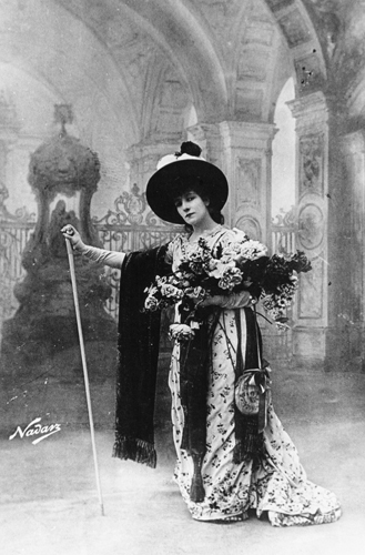 Acclaimed actress Sarah Bernhardt is among the first of many legendary performers to appear on the new Columbia stage.