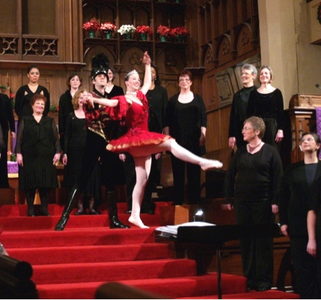 Photo Flash: Vox Femina Gets Their Yule On
