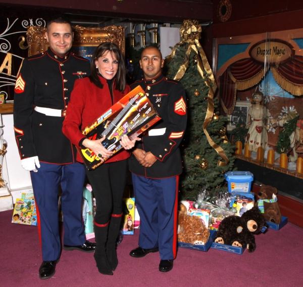 Sgt Trimber and Sgt Hernandez with Kate Linder