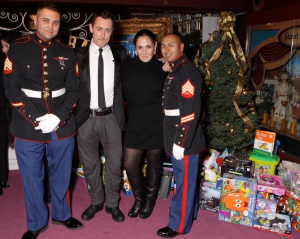 Sgt Trimber, Alan Cumming, Ricky Lake and Sgt Hernandez