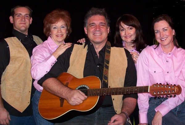 Dominic Kidwell, Kathy Donald, Charlie Jourdan, Janine Smith and Amy Powers. Photo